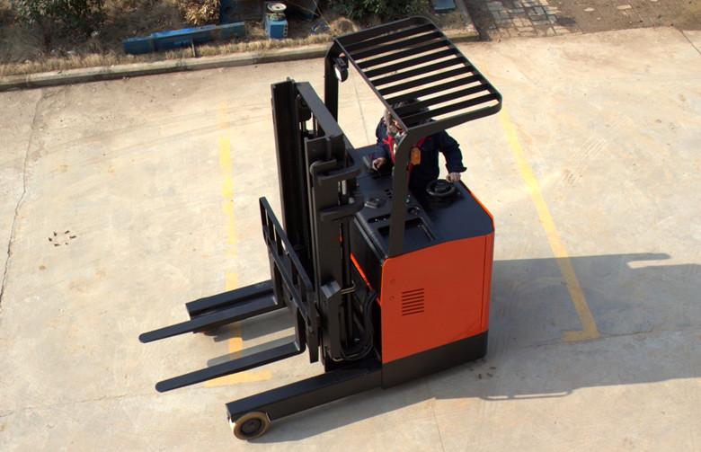 电动堆高车最高可以做到几米