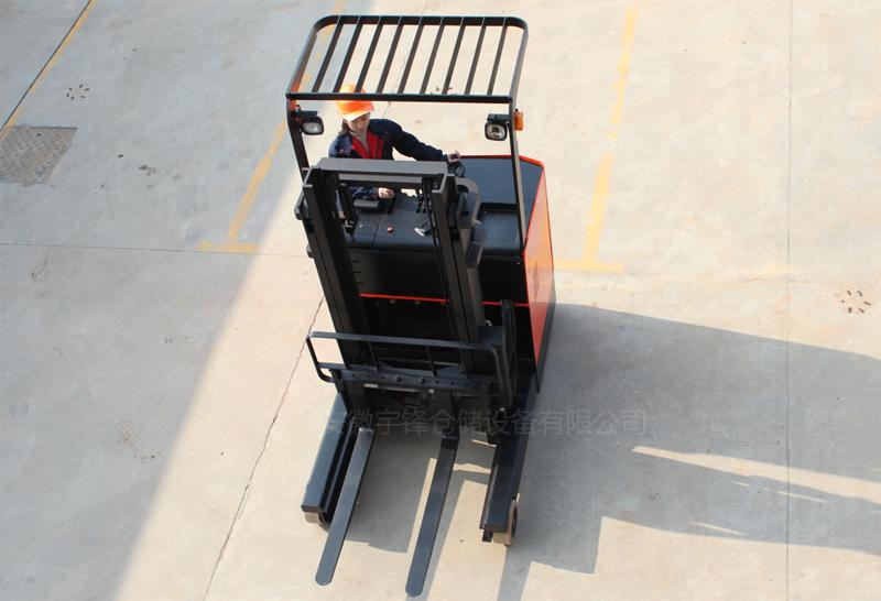 他励速度控制器在宇锋电动堆高车上的应用