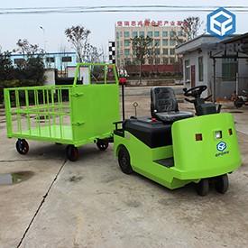 电动牵引车带拖车