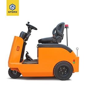 小型坐驾式电动牵引车